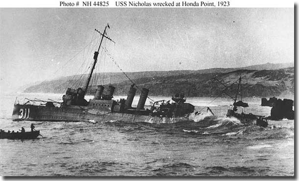 USS Nicholas aground at Honda Point 1923