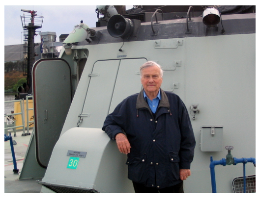 Mac visited the EX-HMAS Canberra FFG-02 whilst she was being prepared for scuttling as an artificial reef of Ocean Grove. Here is a picture of that visit.